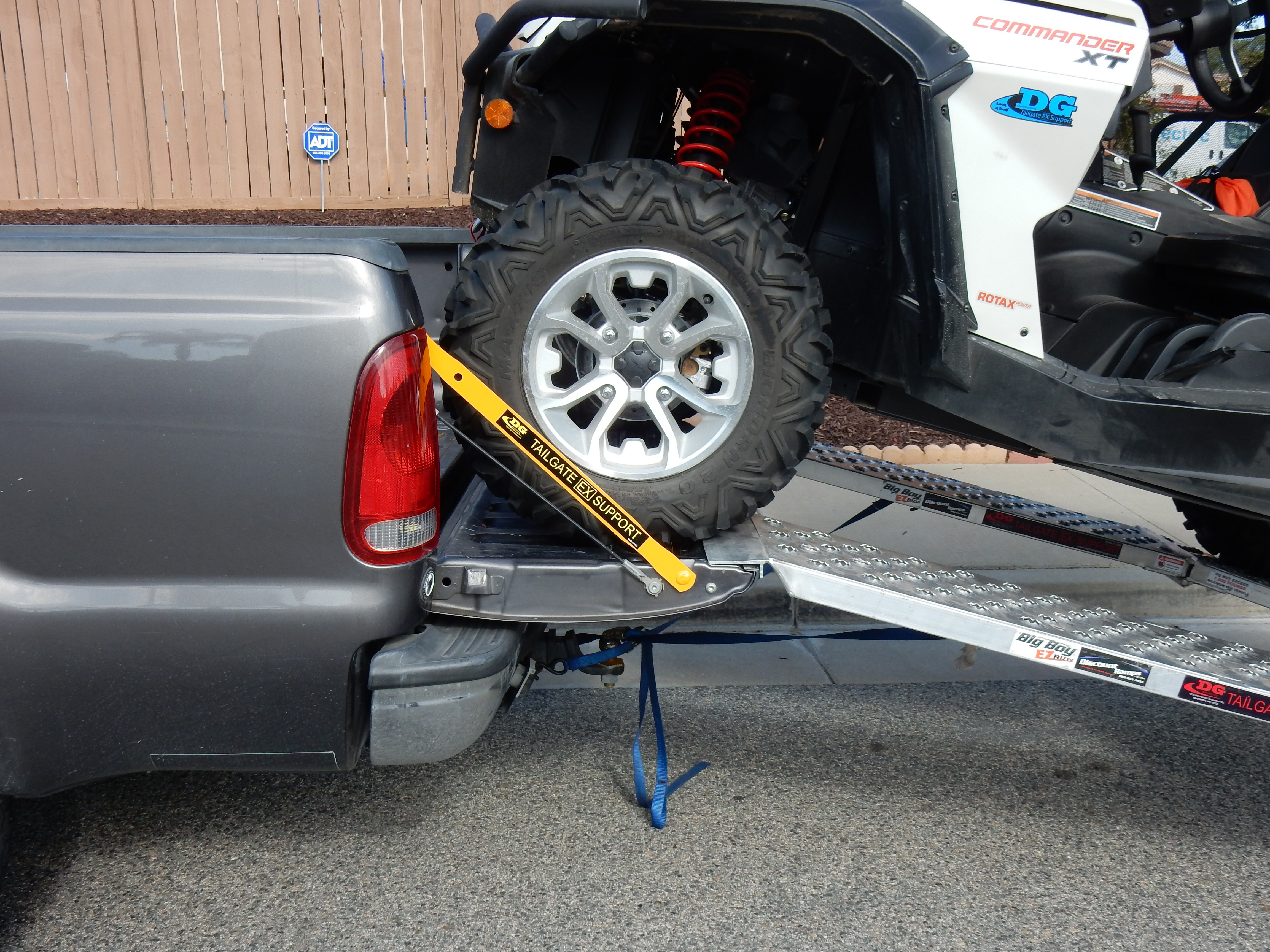 Full Size Tailgate Ex Support Bars For Ford F 250 And F